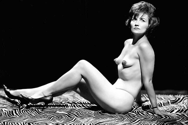 Эротические купальники 60х годов 19 фотография